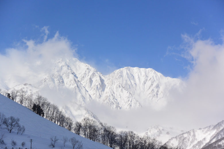 Morning Panorama, Yari and Shakushi peak clearing the clouds after a snowfall – Hakuba Happo, Japan
